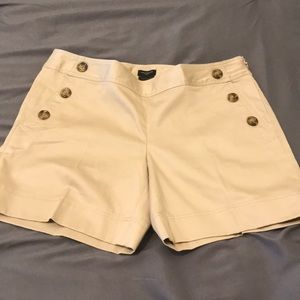 🦋 New! Ann Taylor cotton shorts.